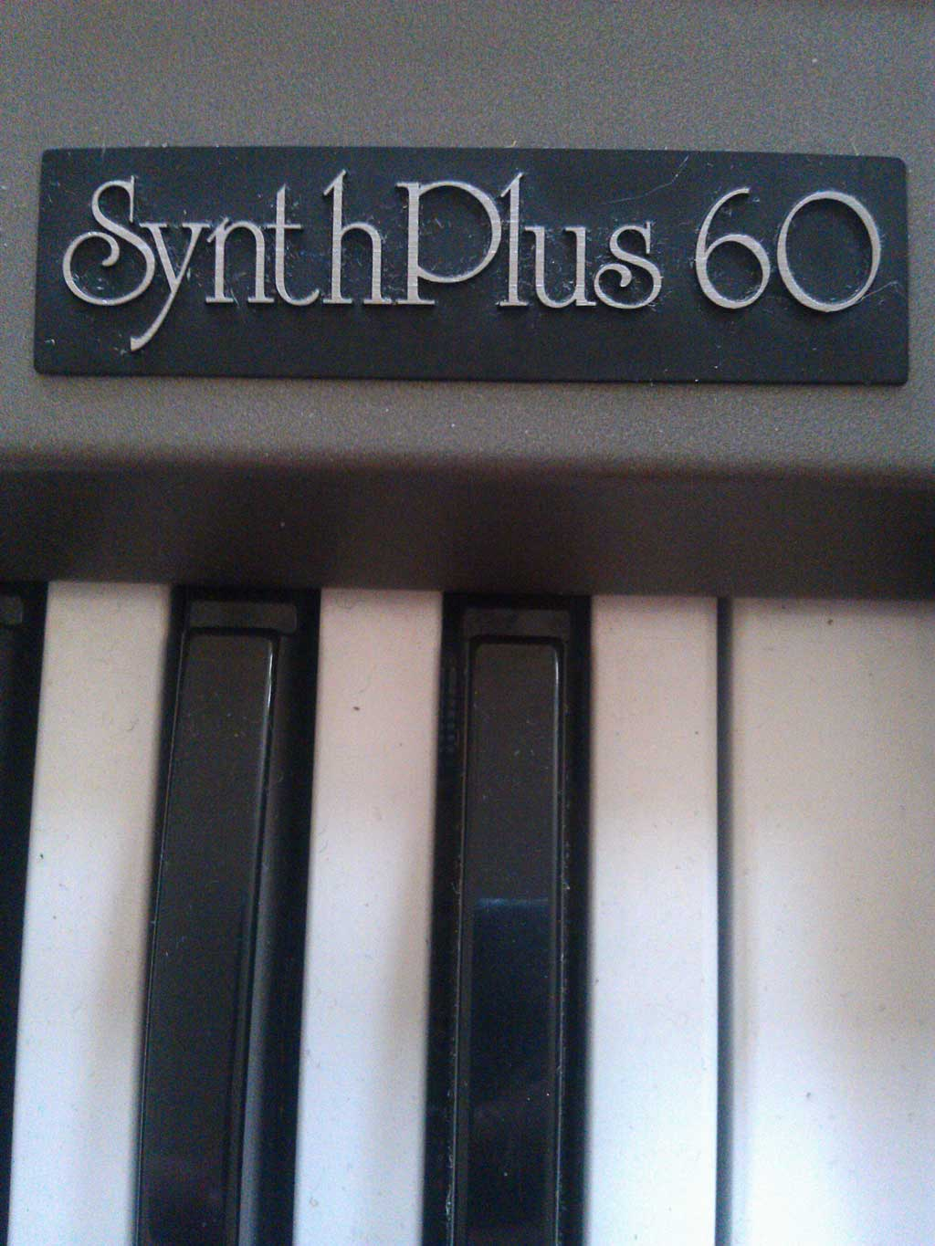 Roland Home Series Synth Plus 60
