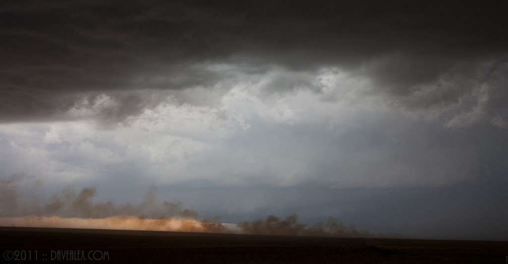 smoke from burning oil well