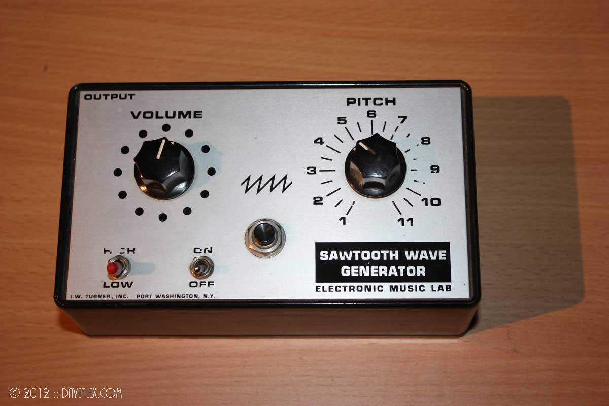 I.W. Turner, Inc. Electronic Music Lab Sawtooth Wave Generator