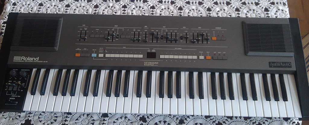 Roland HS-60 Synthesizer