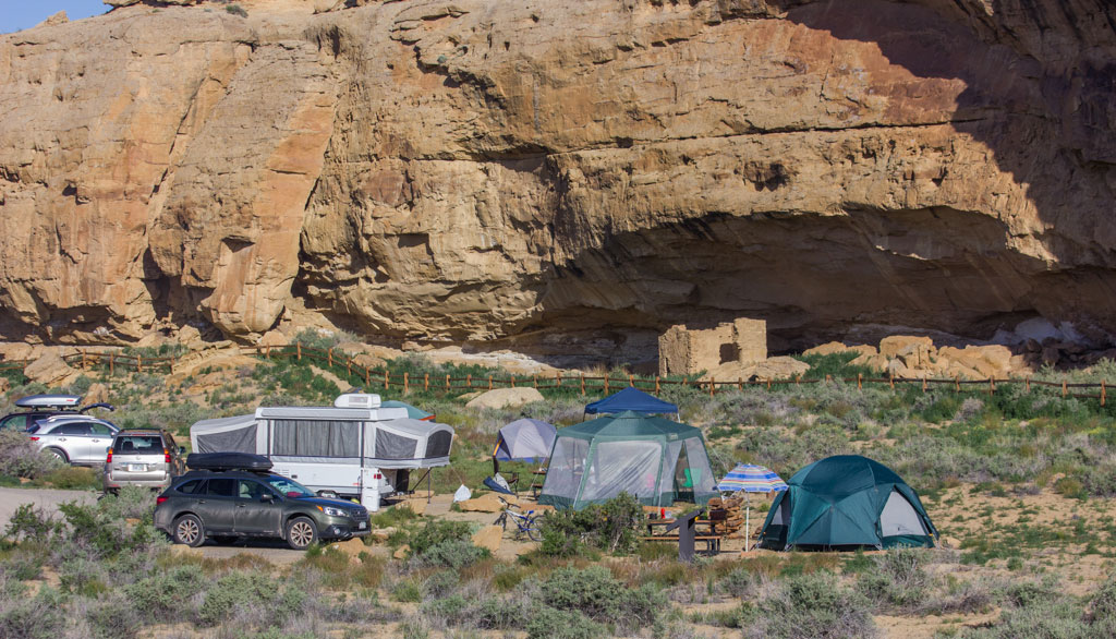Gallo campground is nice with trash, flush toilet bathrooms and non-potable water. Potable water is available at the visitor's center.
