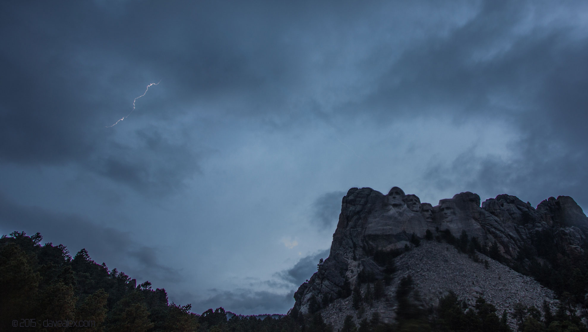 Mount Rushmore lightning