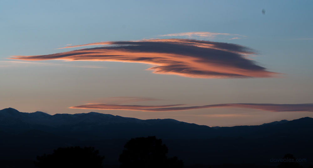 Nice lenticular at sunset over the beautiful view of the Colorado Front Range!